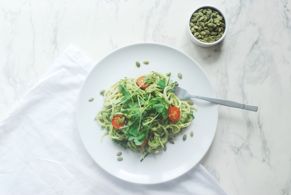 Raw Courgetti Salad with Creamy Vegan Avocado Dressing